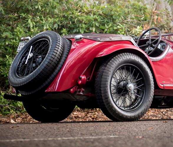1931-alfa-romeo-8c-2300-zagato-spider-6.jpg