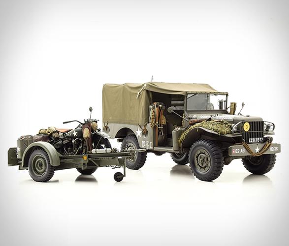 1943-dodge-wc51-&-1943-harley-davidson-wl-9.jpg