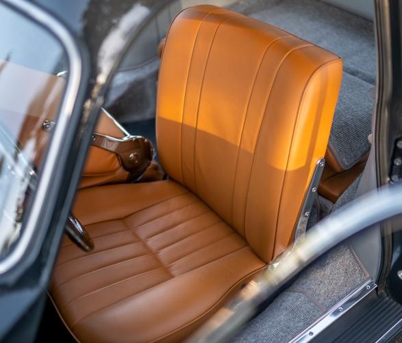 1953-porsche-356-coupe-14.jpg
