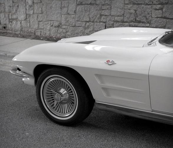 1963-chevrolet-corvette-8.jpg