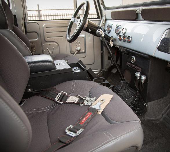 1965-toyota-fj45-pickup-restomod-11.jpg