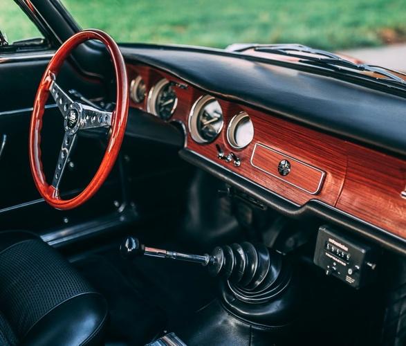 1968-alfa-romeo-gta-1300-junior-stradale-10.jpg