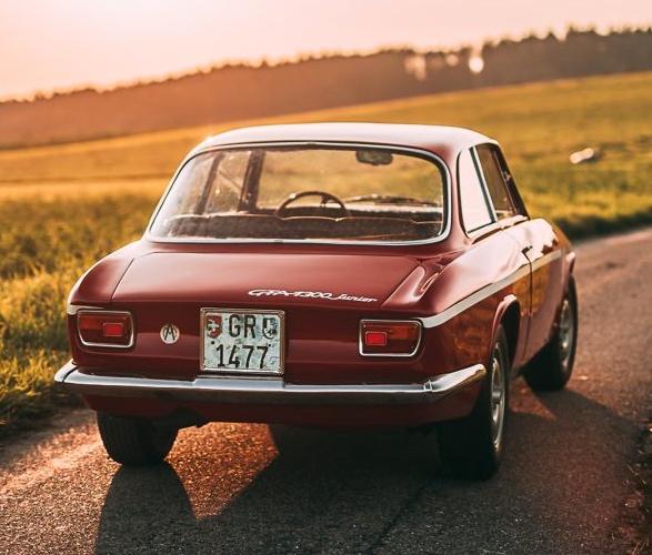 1968-alfa-romeo-gta-1300-junior-stradale-3.jpg | Image