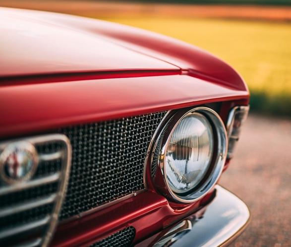 1968-alfa-romeo-gta-1300-junior-stradale-6.jpg