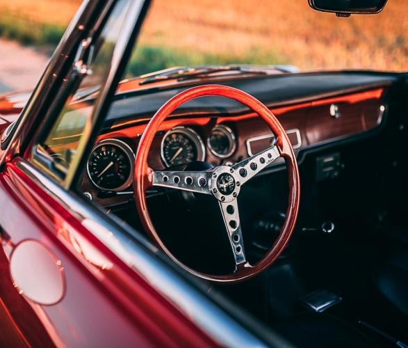 1968-alfa-romeo-gta-1300-junior-stradale-8.jpg