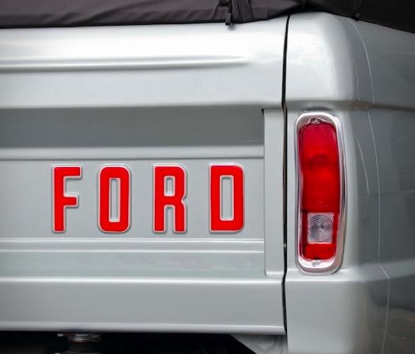 1969-ford-bronco-6.jpg
