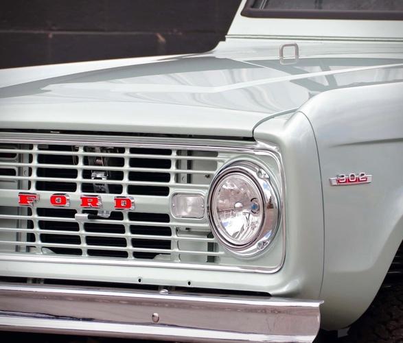 1969-ford-bronco-7.jpg