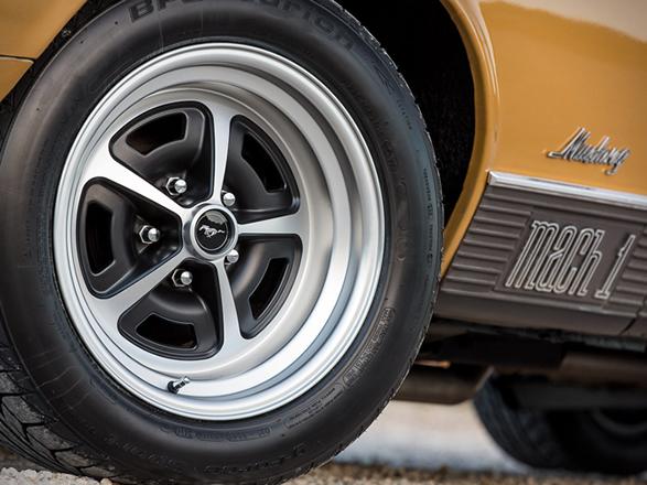 1970-ford-mustang-mach1-6.jpg