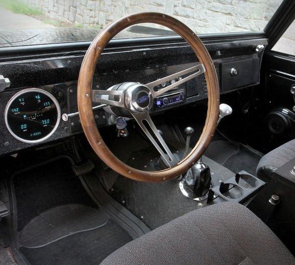 1973-ford-bronco-8.jpg