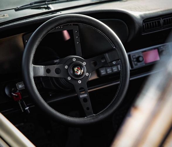 1984-porsche-911-safari-6.jpg
