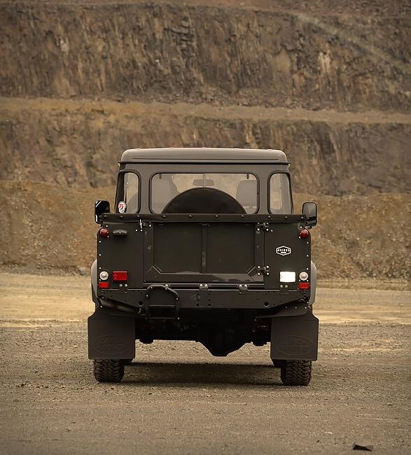 1990-defender-110-pickup-7.jpg