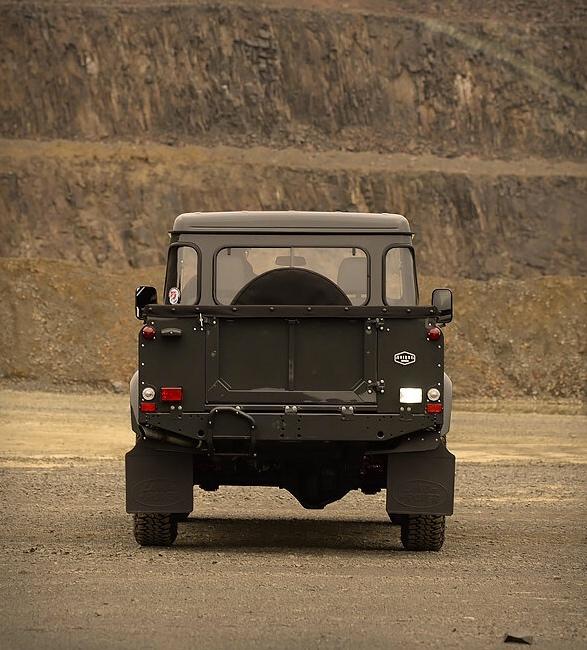 1991-defender-pickup-7.jpg