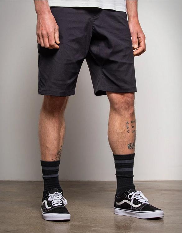 686-everywhere-hybrid-shorts-2.jpg | Image