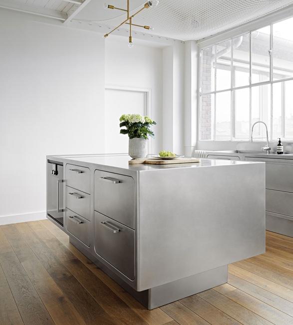 abimis-bespoke-stainless-steel-kitchens-7.jpg