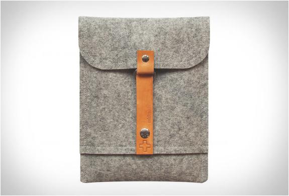 addaskin-wool-ipad-sleeve-2.jpg | Image