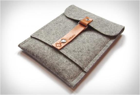 addaskin-wool-ipad-sleeve-3.jpg | Image