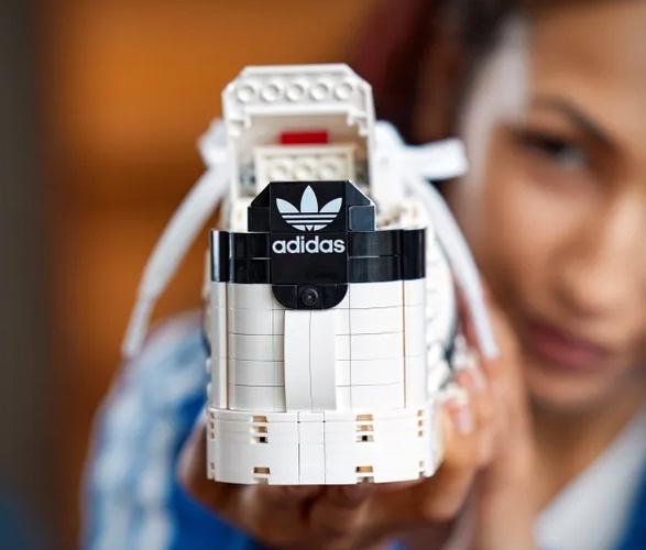 adidas-lego-superstar-sneaker-4.jpg | Image