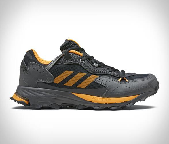 adidas-response-hoverturf-gf6100am-2_(1).jpg | Image