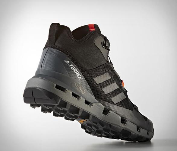 adidas-terrex-fast-gtx-surround-shoe-3.jpg | Image