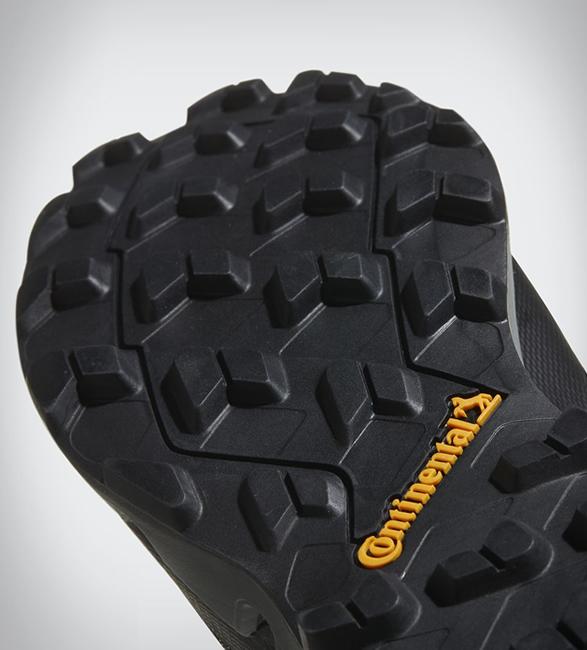 adidas-terrex-fast-gtx-surround-shoe-5.jpg