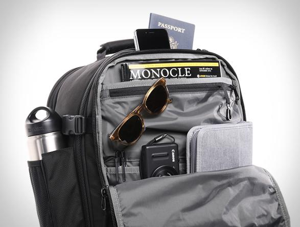 aer-travel-pack-7.jpg