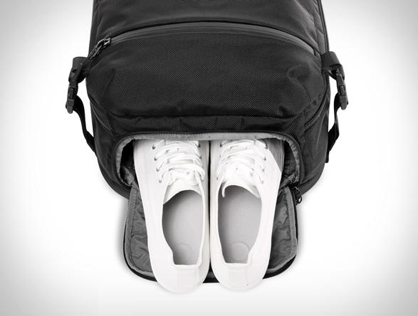 aer-travel-pack-9.jpg