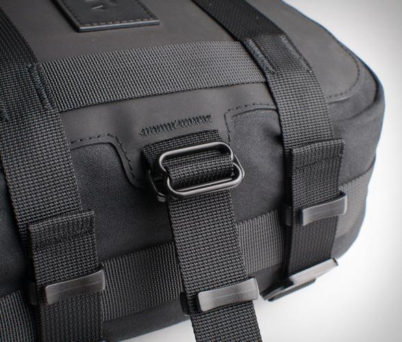 alms-motorcycle-tail-bag-10.jpg