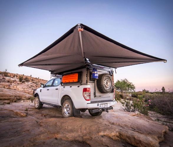 alu-cab-canopy-camper-4b.jpg