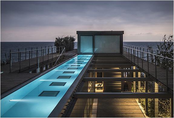amchit-residence-blankpage-architects-12.jpg