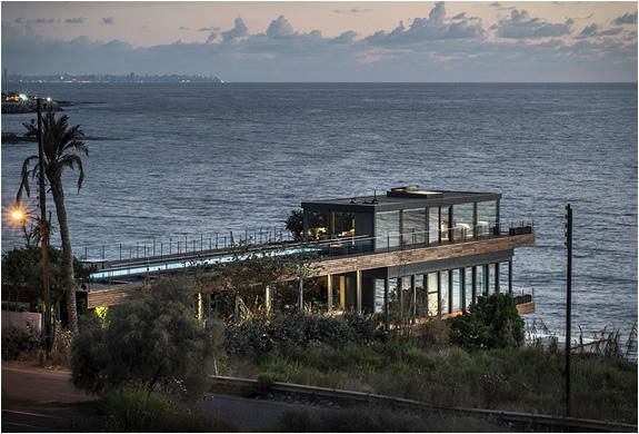 amchit-residence-blankpage-architects-13.jpg