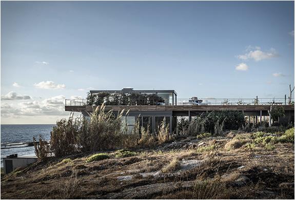 amchit-residence-blankpage-architects-9.jpg