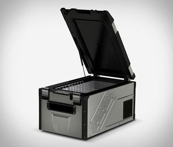 arb-weatherproof-fridge-freezer-4.jpg   Image