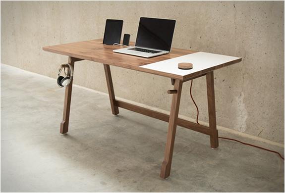 artifox-desk-01-10.jpg