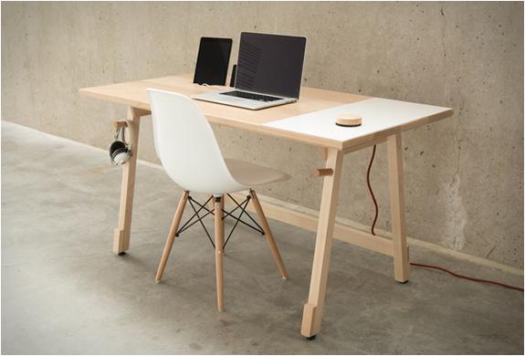 artifox-desk-01-11.jpg