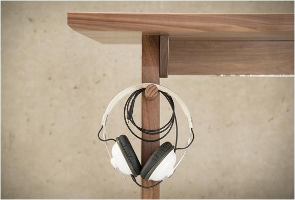 artifox-desk-01-6.jpg
