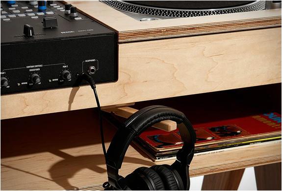 atocha-design-dj-stand-4.jpg | Image