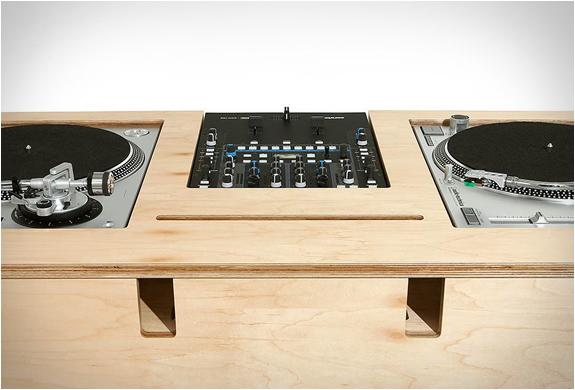 atocha-design-dj-stand-5.jpg | Image