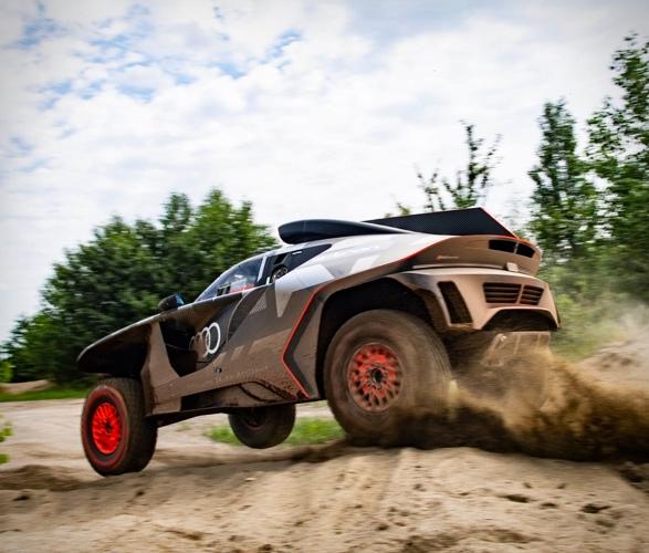 audi-e-tron-dakar-rally-car-7.jpg