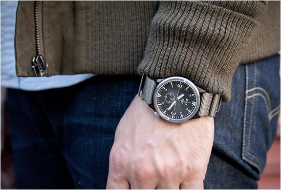 avi-8-worn-wound-watch-2.jpg | Image