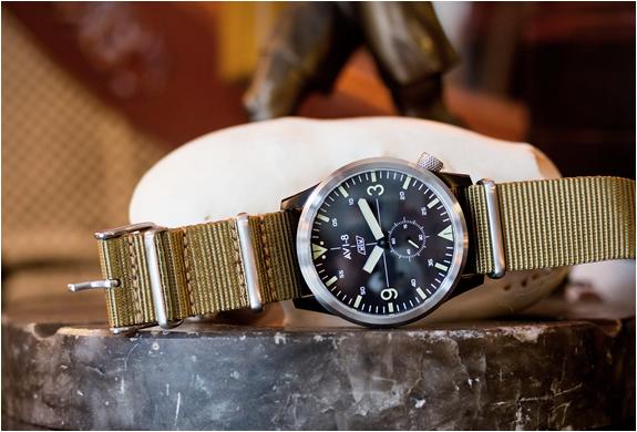 avi-8-worn-wound-watch-6.jpg