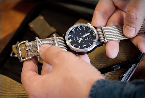 avi-8-worn-wound-watch-9.jpg