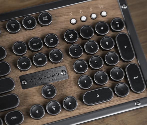 azio-retro-classic-keyboard-2.jpg | Image