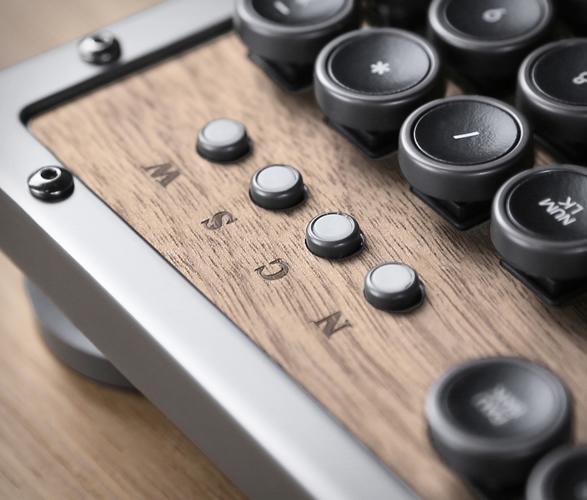 azio-retro-classic-keyboard-3.jpg | Image