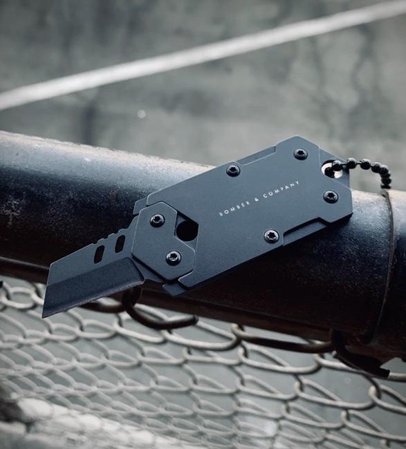 b-2-dog-tag-knife-2.jpg   Image