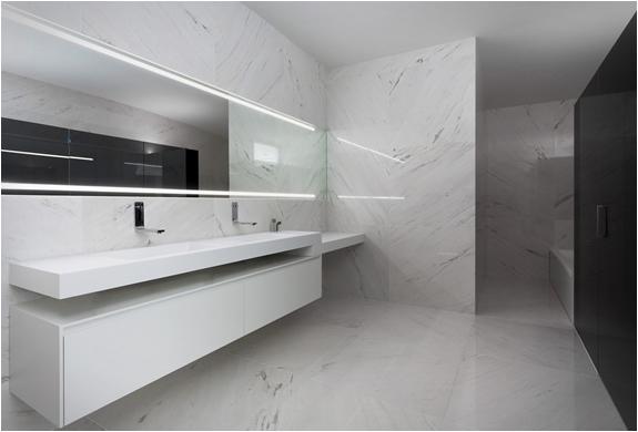 balint-house-fran-silvestre-architects-14.jpg
