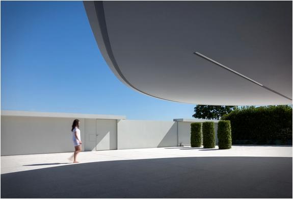 balint-house-fran-silvestre-architects-5.jpg | Image