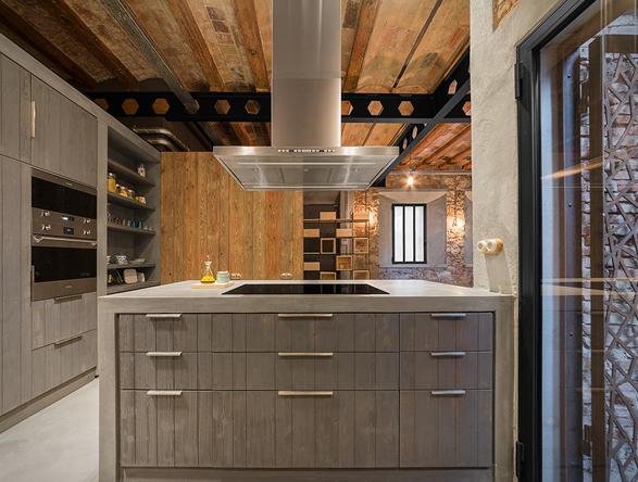 barcelona-industrial-loft-10.jpg
