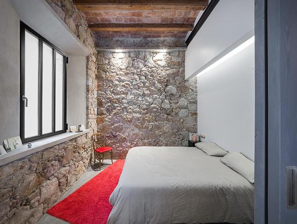 barcelona-industrial-loft-15.jpg