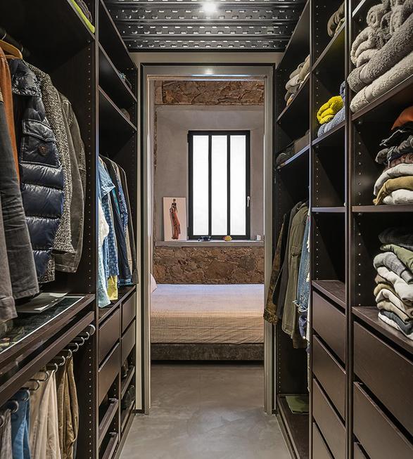 barcelona-industrial-loft-16.jpg
