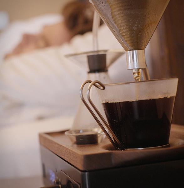 barisieur-coffee-making-alarm-clock-7.jpg